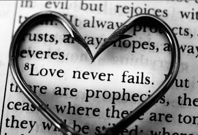 (http://4.bp.blogspot.com/_jUuPCQyjKc4/SaI85feaEQI/AAAAAAAAAk8/PBeZkx4U4i0/s400/Love-never-fails.jpg)