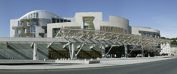 (http://www.scottish.parliament.uk/images/FeaturePanels/front-of-building2FP.jpg)