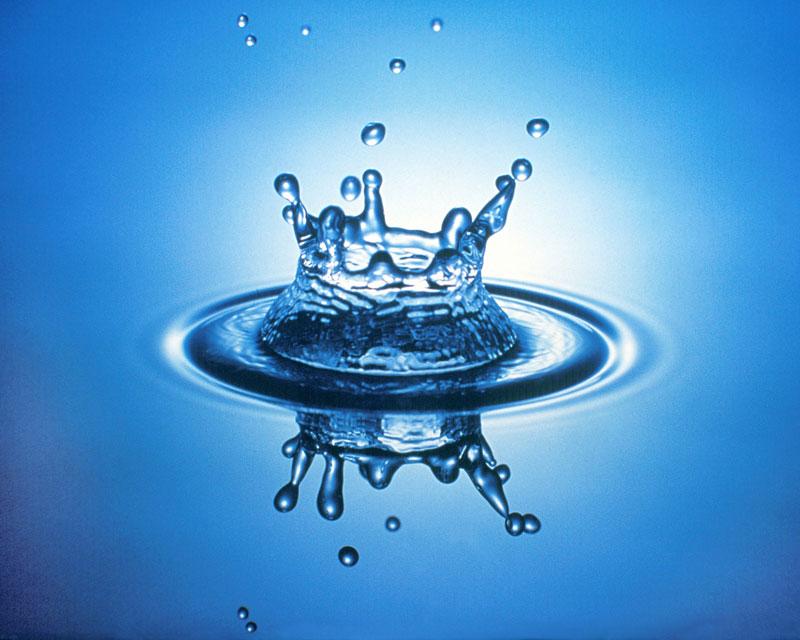 (http://www.ethicalsuperstore.com/blog/wp-content/uploads/2011/05/water-art-4.jpg)
