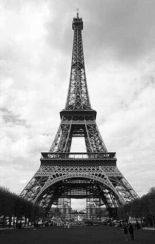 (http://www.photosparis.com/images/paris_black_and_white/paris_tour_eiffel_bw.jpg)