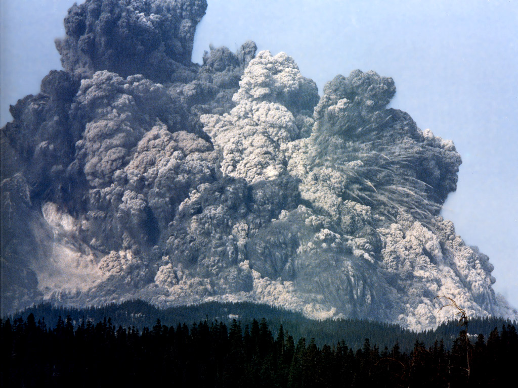 (http://d1jqu7g1y74ds1.cloudfront.net/wp-content/uploads/2010/01/JLM-NatGeo-Mount-St-Helens-1980-May-18.jpg)
