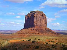 (http://upload.wikimedia.org/wikipedia/commons/thumb/3/39/Monument_Valley_Merrick_Butte.jpg/220px-Monument_Valley_Merrick_Butte.jpg)