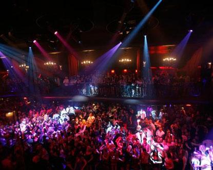 (http://www.destination360.com/north-america/us/nevada/las-vegas/images/s/lax-nightclub.jpg)
