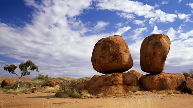 Boulders balanced on top of rocks. (http://ichef.bbci.co.uk/images/ic/640xn/p01ghv6m.jpg)