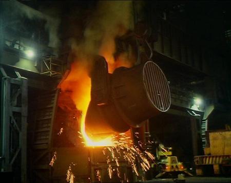 (http://www.bbc.co.uk/schools/gcsebitesize/science/images/blast_furnace.jpg)