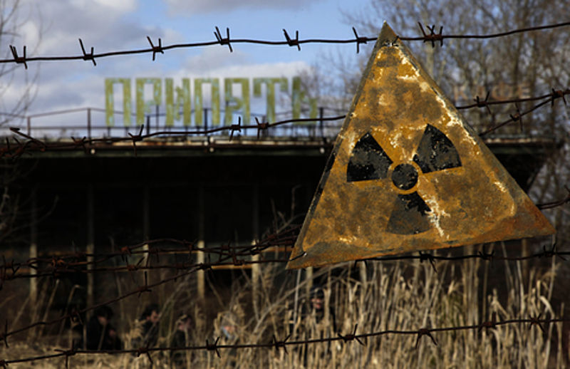 (http://upload.wikimedia.org/wikipedia/commons/1/16/VOA_Markosian_-_Chernobyl02.jpg)