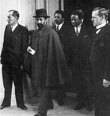Halie Selassie leaving the League of Nations (http://www.bbc.co.uk/schools/gcsebitesize/history/images/hist_halie_selassie.jpg)
